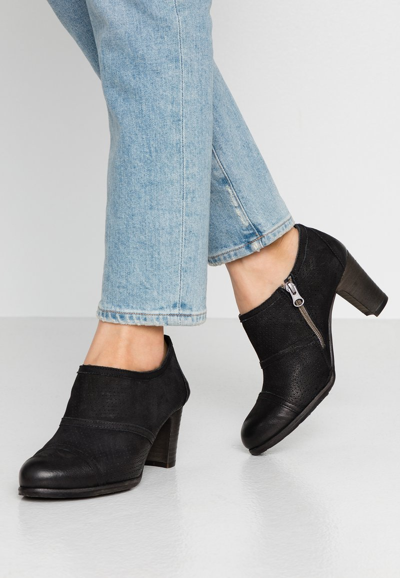 Felmini Wide Fit - WANDA - Kotníková obuv - pacific black