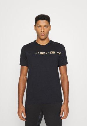 REPEAT TOP - Majica kratkih rukava s printom - black/metallic gold