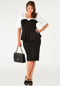 Yoek - Pencil skirt - black - 1