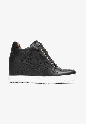 MALIKIA - Sneakers alte - black