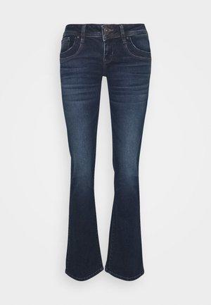 VALERIE - Jeans Bootcut - welda wash