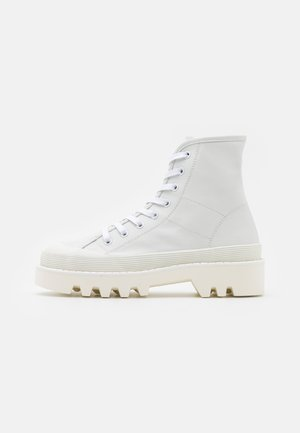 CITY LACE UP BOOT - Botines con cordones - optic white