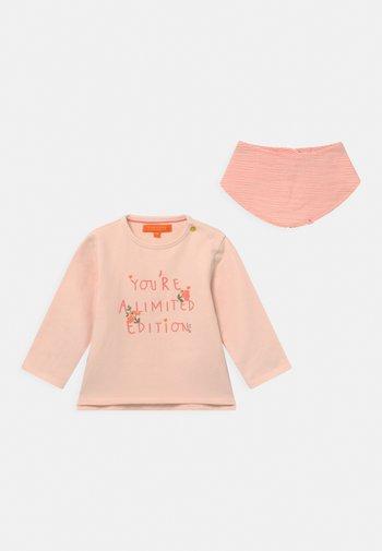 SET - Sweatshirt - light pink