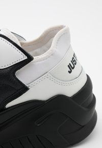 Just Cavalli - CONTRAST LOGO - Trainers - black - 3