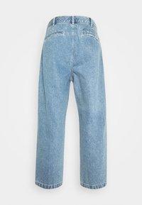 Obey Clothing - FUBAR PLEATED BULL - Straight leg jeans - light indigo - 9