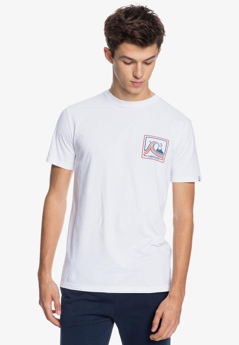 Quiksilver - HIGHWAY VAGABOND - T-shirt imprimé - white
