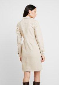 Gestuz - DRESS - Denim dress - safari - 2