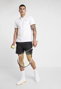 Lacoste Sport - POLO KURZARM - Poloshirt - white/geranium - 1
