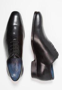 Brett & Sons - Elegantní šněrovací boty - natur noir - 1