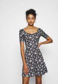 Even&Odd - Day dress - black/multi-coloured - 0