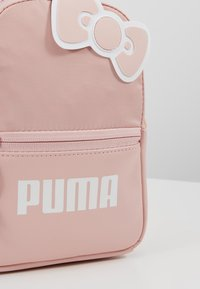 Puma - PUMA X HELLO MINIME BACKPACK - Reppu - pink dogwood - 6
