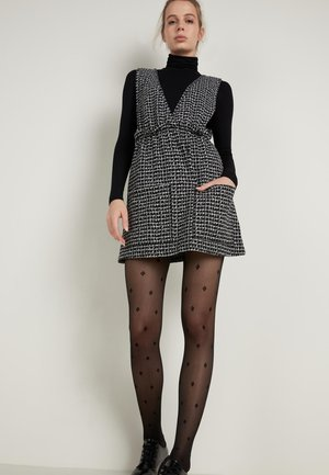 Day dress - schwarz - 054u - black/milk white irregular tartan