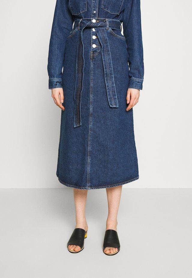 CARA - Denim skirt - rinse blue