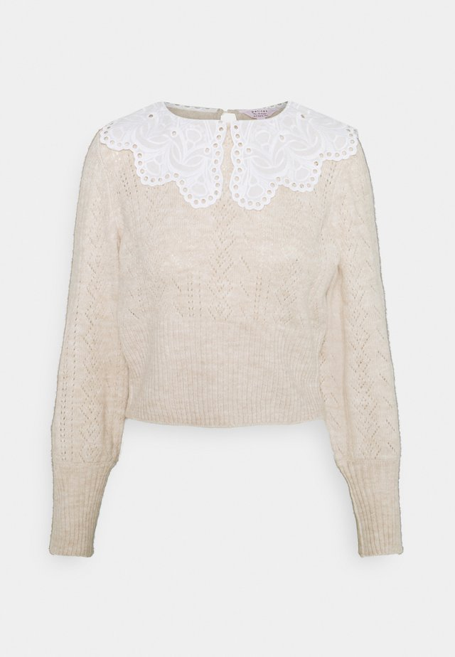 WOVEN COLLAR MIX JUMPER - Strikkegenser - nude