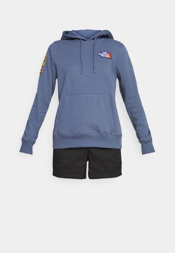 NOVELTY PATCH HOODIE