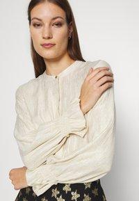 Fabienne Chapot - STUDIO BLOUSE - Blouse - cream white - 4