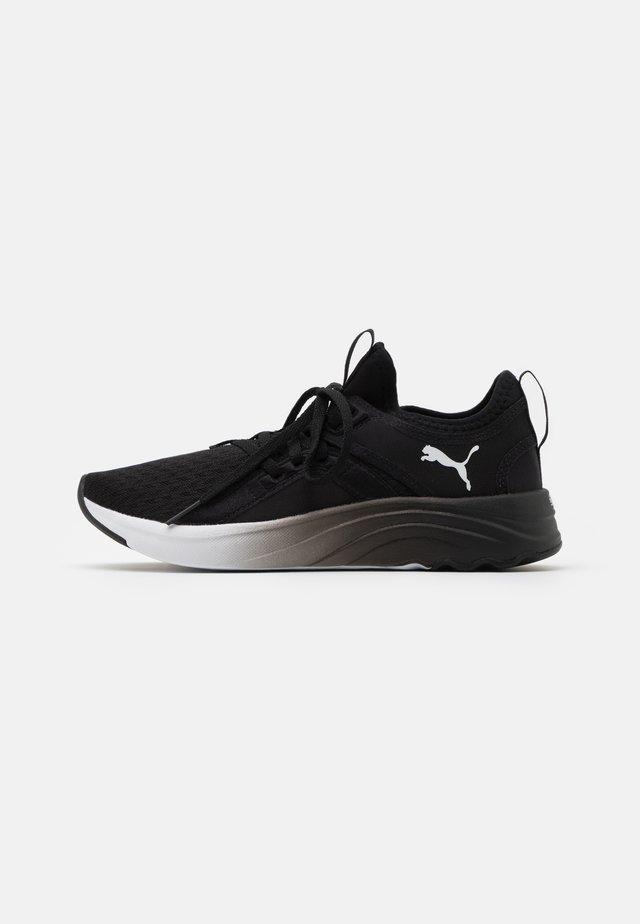 SOFTRIDE SOPHIA FADE - Neutrální běžecké boty - black/white