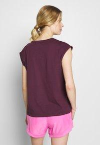 Even&Odd active - T-shirt med print - dark red - 2