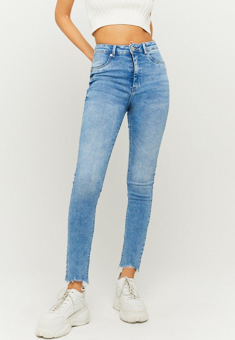 TALLY WEiJL - HIGH WAIST PUSH UP SKINNY JEANS - Jeans Skinny Fit - blu
