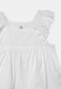 GAP - Cocktail dress / Party dress - optic white - 2
