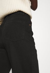 Lindex - TROUSERS BALLON  - Jeansy Relaxed Fit - black - 5