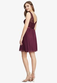 Vera Mont - Cocktail dress / Party dress - shiny bordeaux - 2