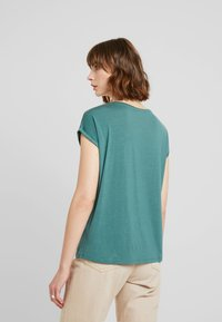 Vero Moda - VMAVA PLAIN - T-shirt basic - north atlantic - 2