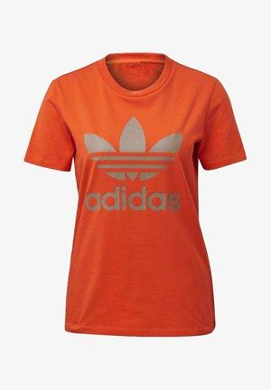 TREFOIL TEE - T-shirts print - energy orange/cardboard