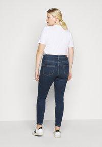 Vero Moda Curve - VMSOPHIA - Jeans Skinny Fit - medium blue denim - 2