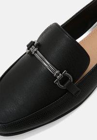 Head over Heels by Dune - GAHAD - Instappers - black - 7