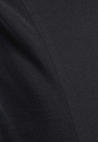 Reebok - LOGO TEE - T-shirt z nadrukiem - black - 5