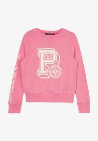 lauren pink