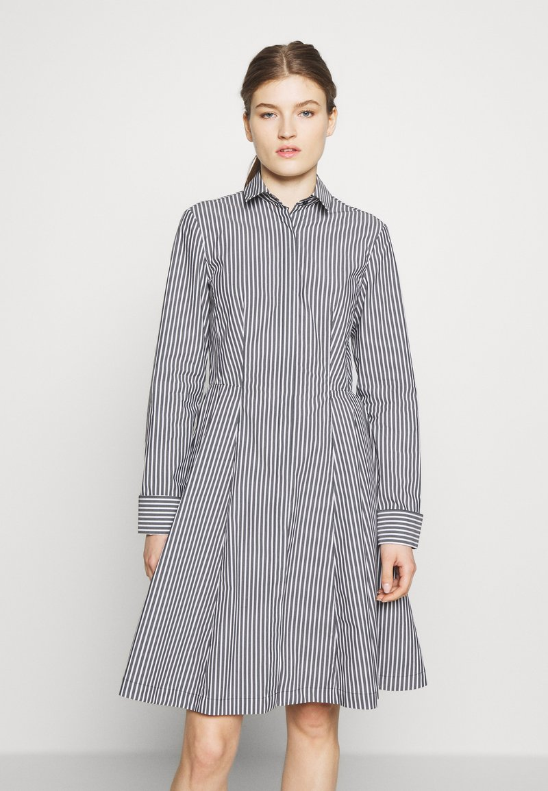 Steffen Schraut - EXCLUSIVE BLOUSE DRESS - Shirt dress - black/white