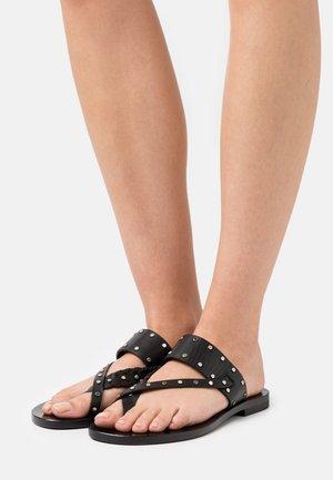 WIKI - Sandály s odděleným palcem - black