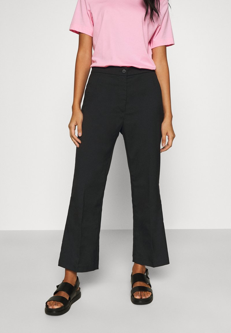 Monki - WENDY TROUSERS - Trousers - black