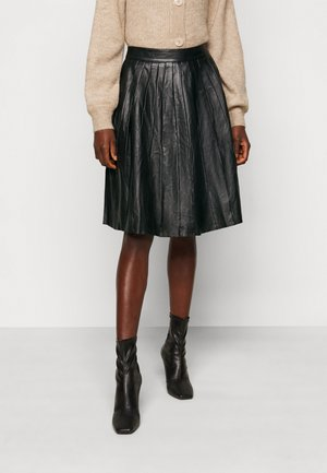 JOSE PLISSE LEATHER SKIRT  - Lederrock - black