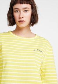 Marc O'Polo DENIM - CREW NECK STRIPED - Sweatshirt - yellow/white - 3