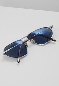 Tom Ford - Sunglasses - shiny palladium blue - 5