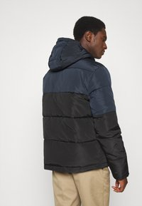 Lyle & Scott - Winter jacket - jet black/dark navy - 2