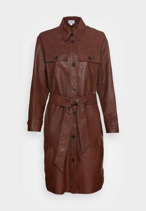 IBEN DRESS - Shirt dress - cinnamon