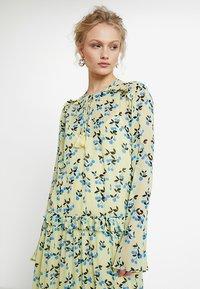 Custommade - VICKEY - Maxi dress - pastel yellow - 4