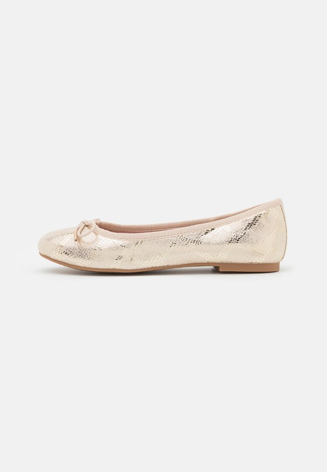 Ballerina's - ivory