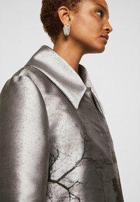 Alberta Ferretti - TRENCH COAT - Klasický kabát - grey - 5