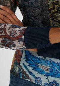 Desigual - Maglietta a manica lunga - brown - 4