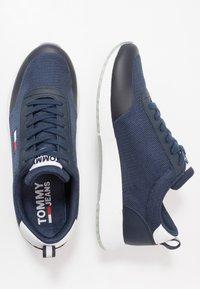 Tommy Jeans - FLEXI RUNNER - Zapatillas - blue - 1