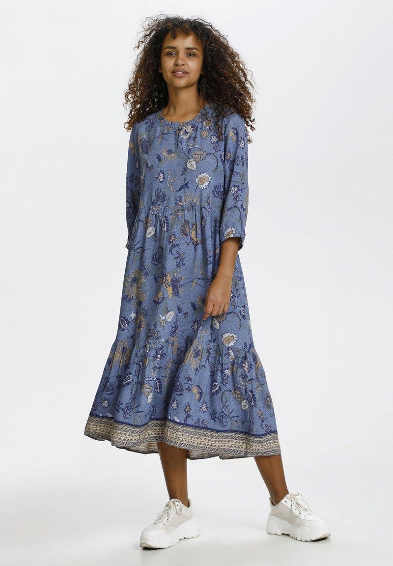 Cream - Day dress - blue saraza flower mix