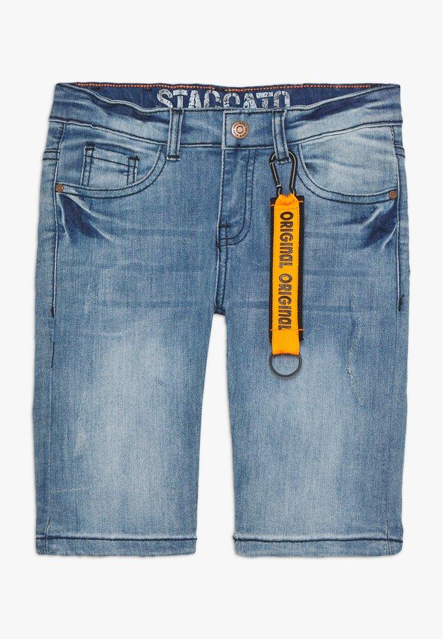 BERMUDAS DESTROYED TEENAGER - Denim shorts - light blue denim