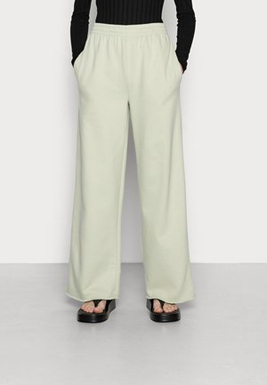SYLVIA TROUSERS - Pantalones deportivos - desert sage green