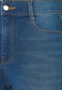 Dorothy Perkins Tall - TALL FRANKIE - Jeans Skinny Fit - mid wash denim - 2