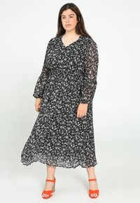 Paprika - Day dress - black - 0
